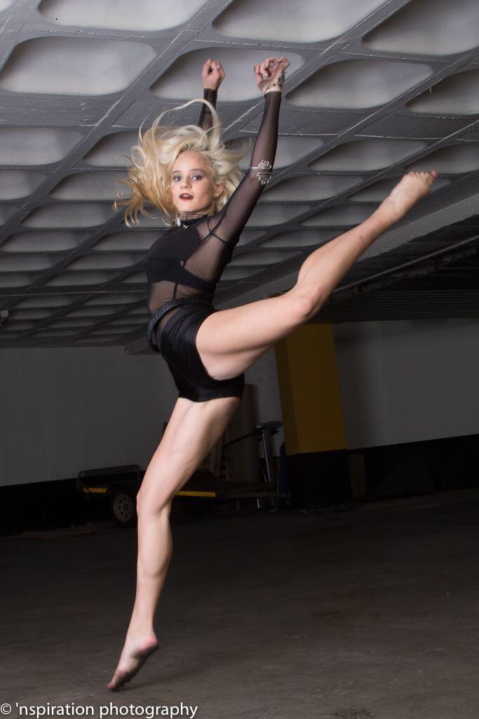Alessia - Dance Jump