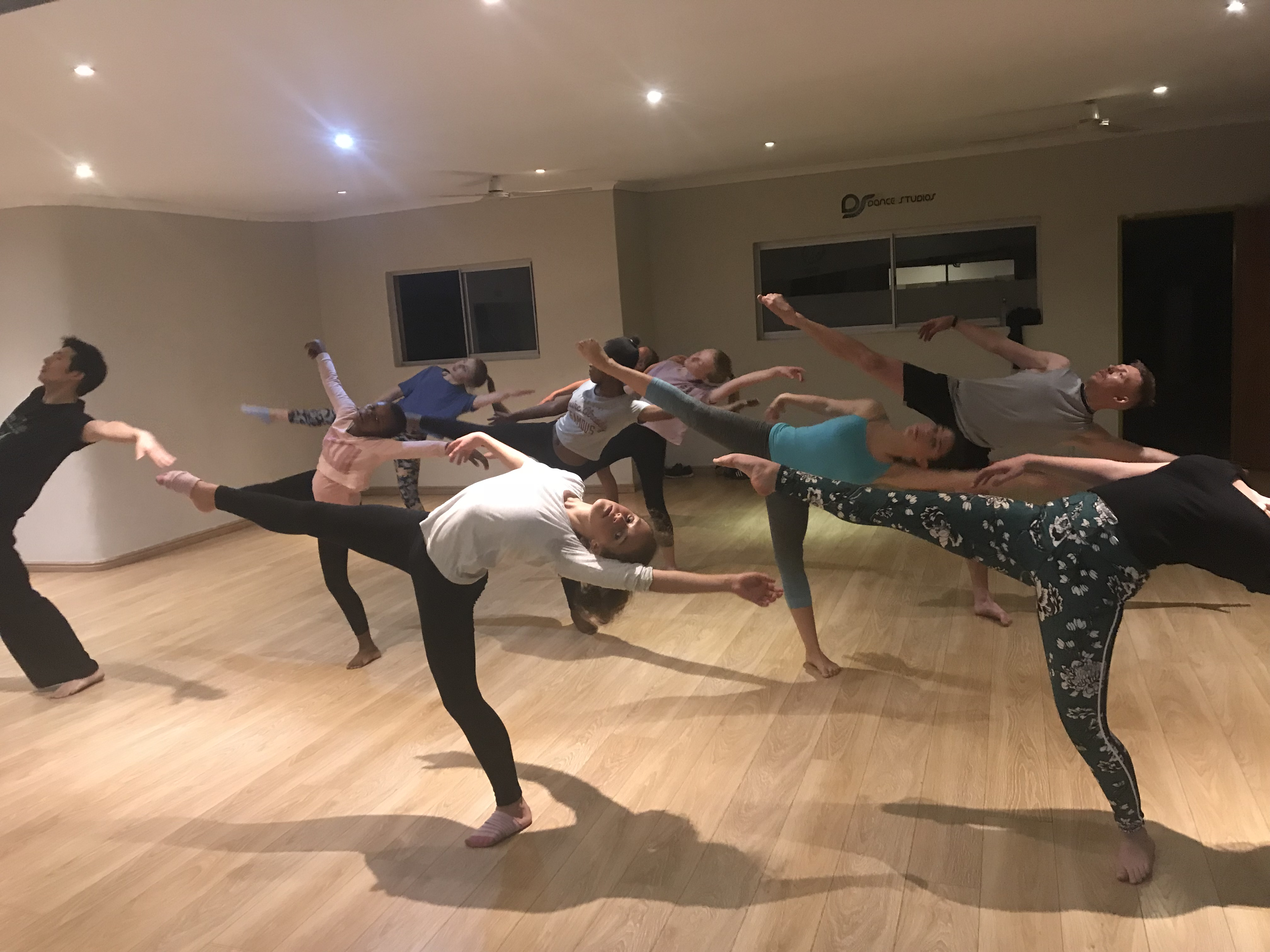 Contemporary dance class Thursdays